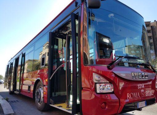 Roma: Atac, al via i biglietti con un sms