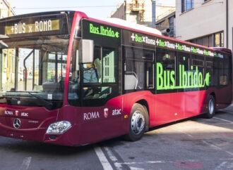Roma: Atac, pronti a entrare in servizio i primi 30 autobus ibridi