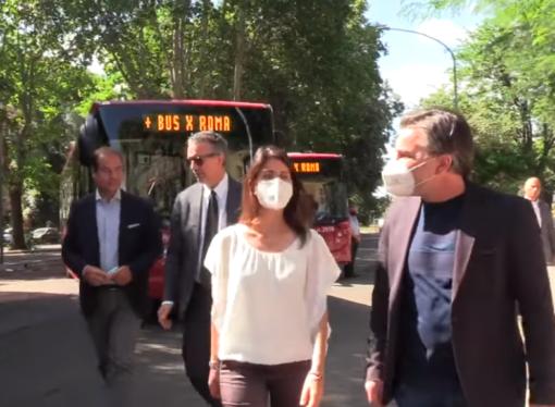 Roma: Raggi, 900 nuovi bus entro la fine del 2021