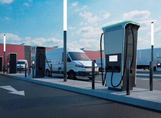 ABB lancia la stazione di ricarica per auto elettriche più rapida al mondo